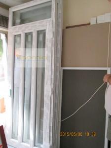 Két függőleges osztásos ajtó+felülvilágító